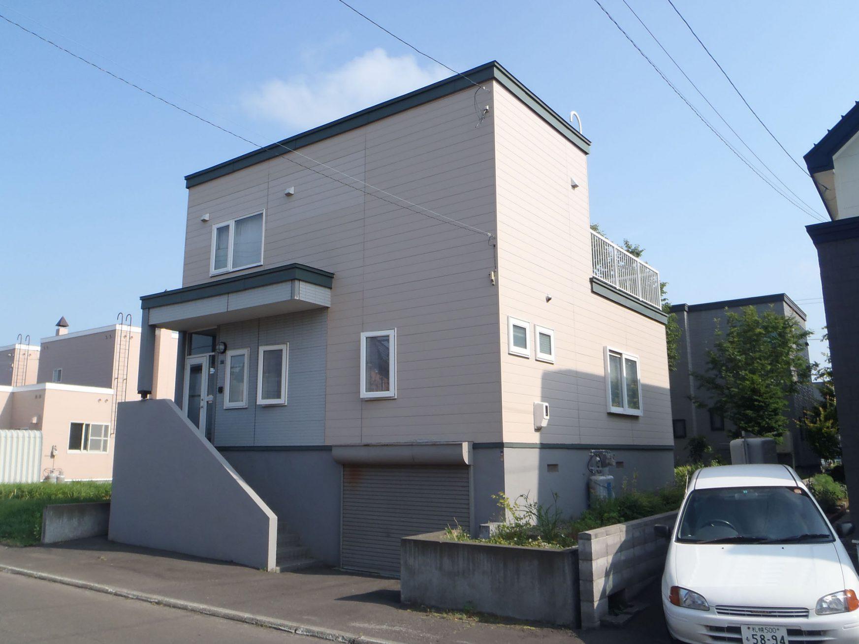 外壁リフォーム(札幌市北区:Y様邸) - ビフォー