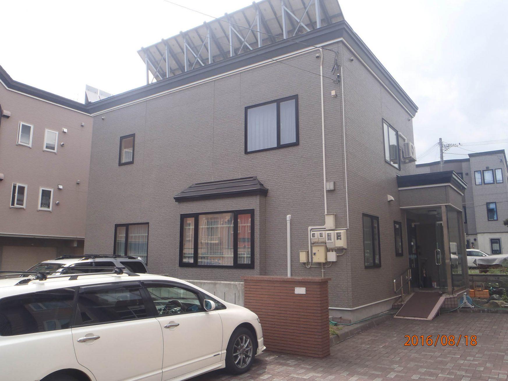 外壁リフォーム(札幌市西区西野:T様邸) - ビフォー