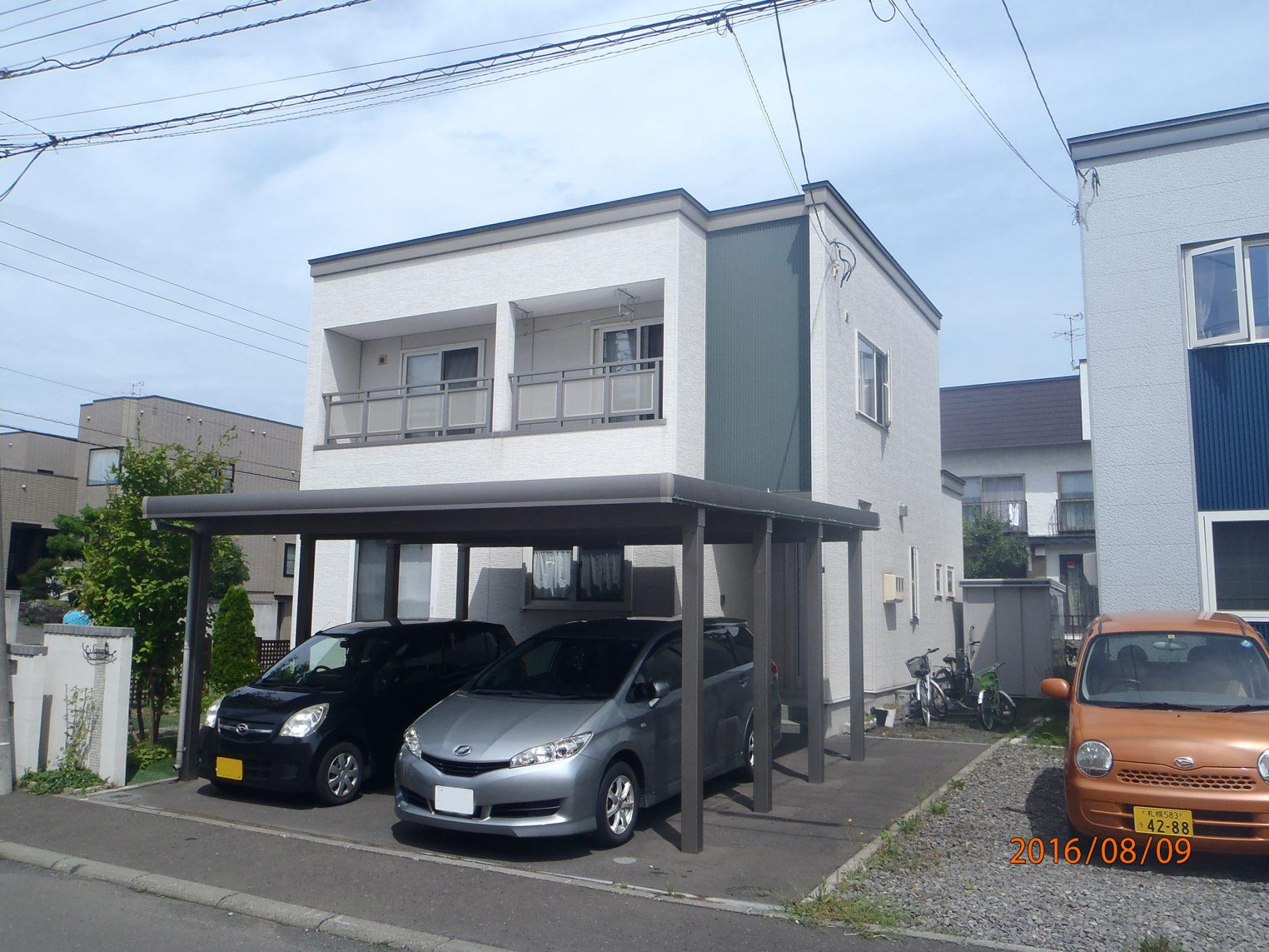 外壁と屋根の塗装工事(札幌市北区) - ビフォー