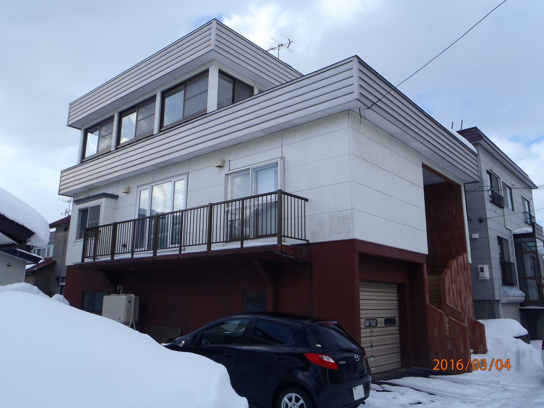 外壁・屋根・基礎の塗装工事 - ビフォー